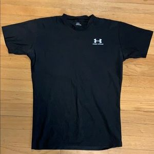 Men's Under Armour dry fit, tight fit shirt